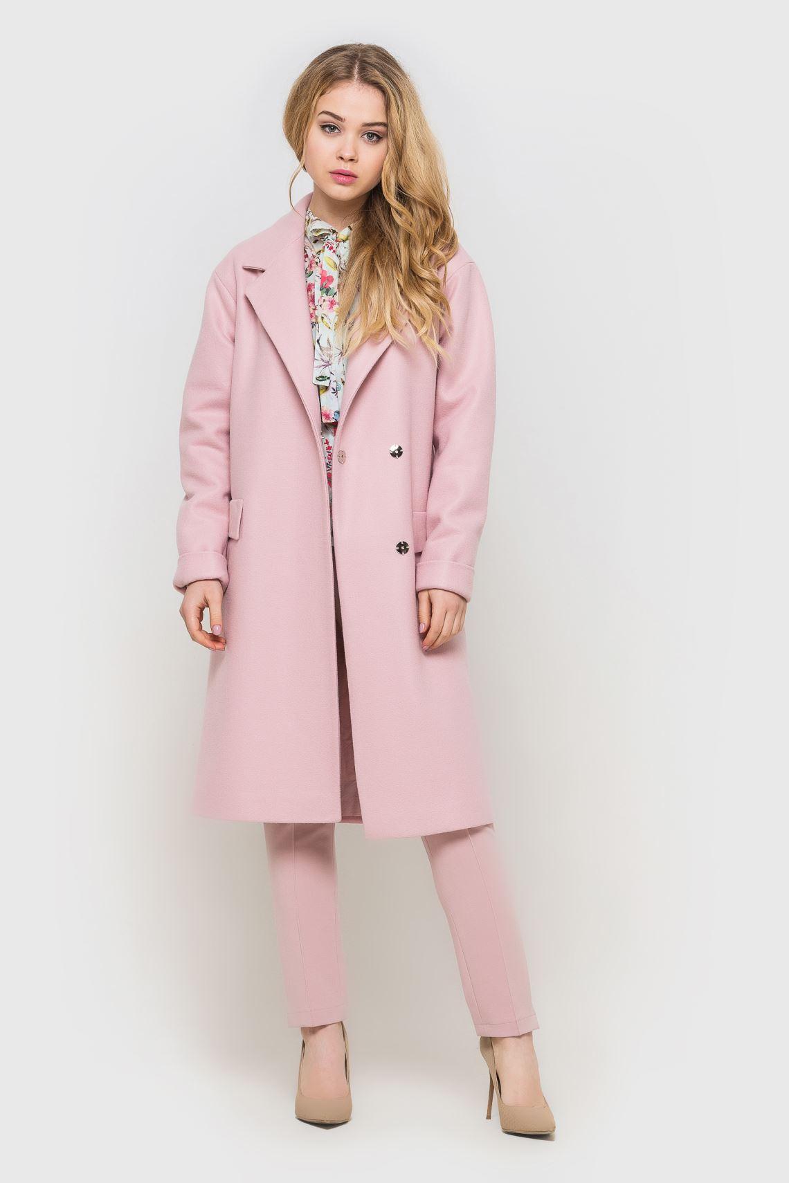 Пальто жіноче рожеве зі спущеним плечем  7f9a8b280e6b3